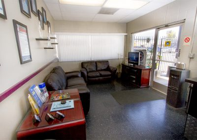 Auto-Instincts-Northridge-Waiting-Room